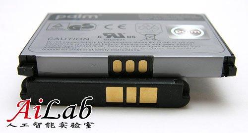 手机制造商关注重心转向电池容量 机身厚度失宠