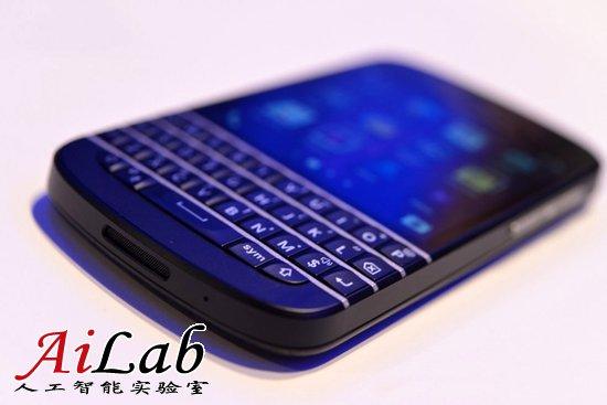 黑莓将于5月底在美国市场推出物理键盘手机