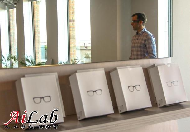 谷歌眼镜官方矫正镜架上市:售价225美元