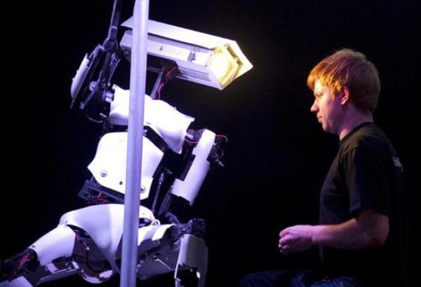 乐智网、机器人、 双子机器人