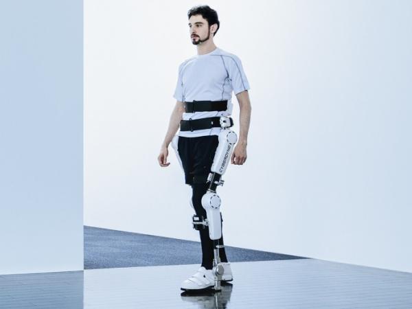 机器人、Cyberdyne