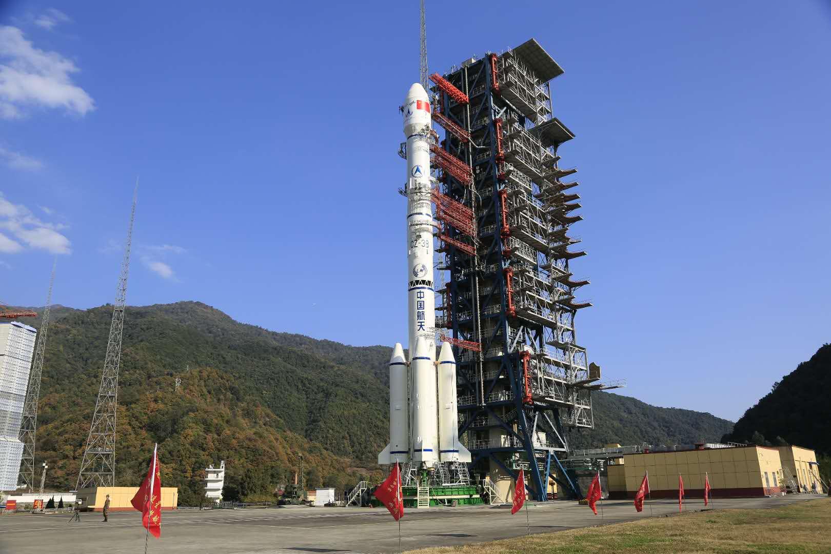 """嫦娥四号奔向""""月之暗面"""" 4大关键问题都在这了"""